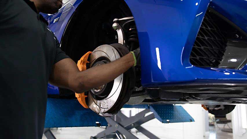 Lexus RC F Cleaning Rims