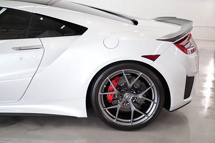 Acura NSX Paint Decontamination